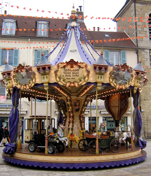Location Carrousel Victor Hugo